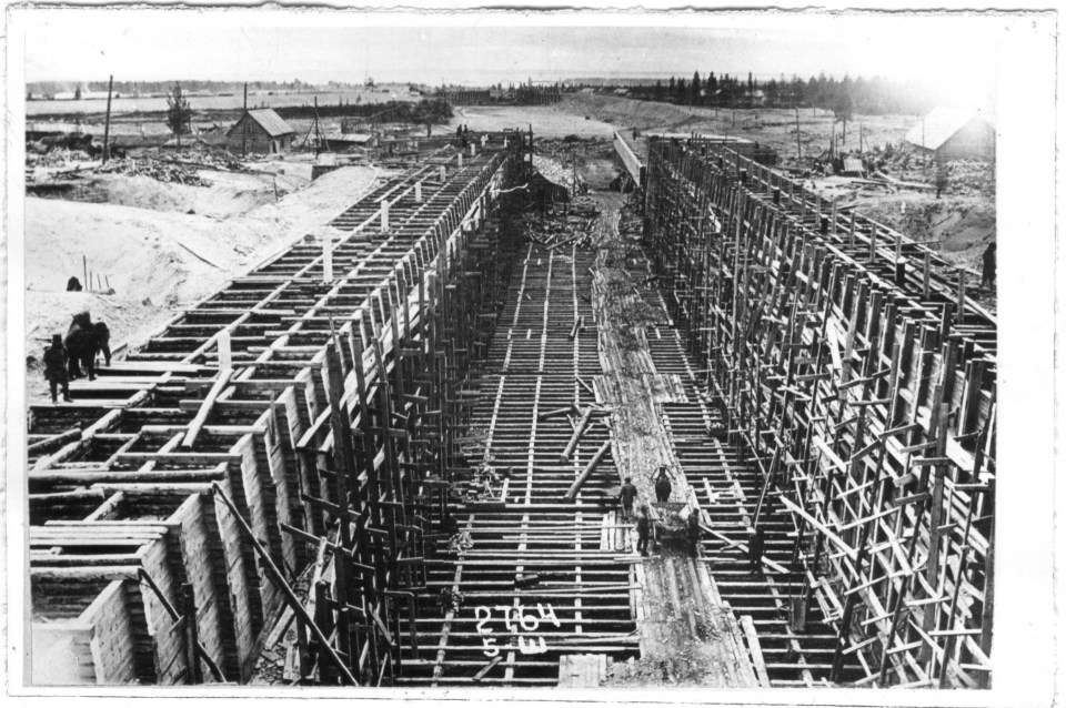At the construction of the Belomor channel. Photo: Aleksandr Rodchenko