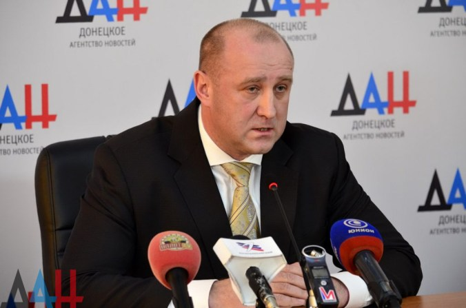 """Acting """"ministry of industry and trade"""" Aleksandr Granovsky. Photograph: smdnr.ru"""