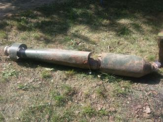 Unexploded makeshift rocket, one of 6 launched from the area of occupied Horlivka on Novoluhanske on 9 May. Photograph: Facebook/Вячеслав Викторович Власенко