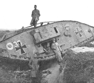 Curiosity seekers exploring remains of a tank at the Hindenburg Line some time after the November 11, 1918 armistice that ended the World War I (Image: Wikimedia Commons)