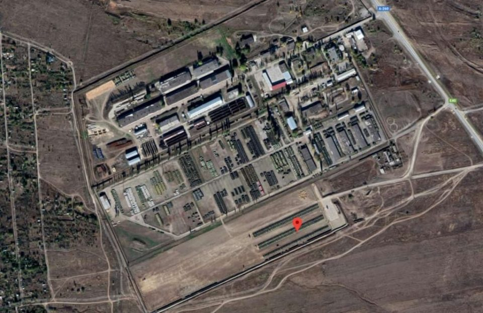 A Russian military base next to the Ukrainian border, one of the locations of the assembled tank force. (Image: Google Earth via defense-blog.com)