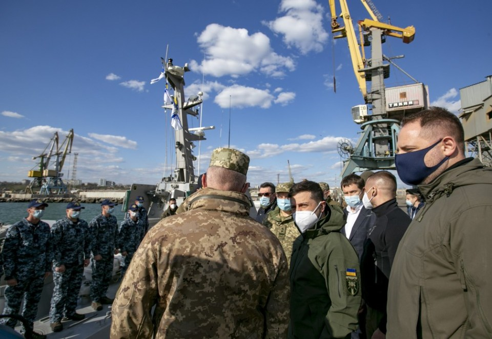 Ukrainian president Volodymyr Zelenskyy visiting the site of a new naval base in Berdyansk. (Photo: president.gov.ua)