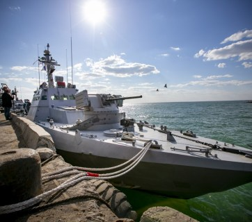 A Ukrainian naval cutter at pier in Berdyansk, Ukraine (Photo: president.gov.ua)