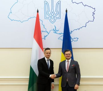 Hungarian Foreign Minister Péter Szijjártó (on the left) and Foreign Minister of Ukraine Dmytro Kuleba. (Photo by Mátyás Borsos/Ministry of Foreign Affairs and Trade of Hungary)