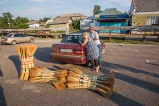 Brooms at the Savran market