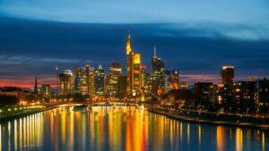 frankfurt_skyline_nacht