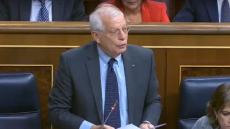 Borrell no dimitira por la mula de la CNMV