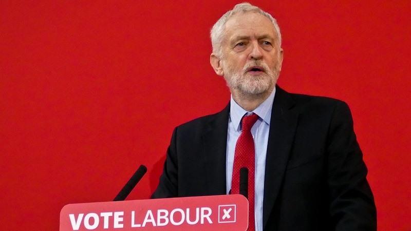Jeremy-Corbyn-respalda-un-el-voto-para-un-nuevo-referendum