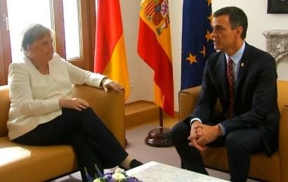 Los 28 aplazan al martes el reparto de cargos de la UE ante la incapacidad de cerrar un acuerdo