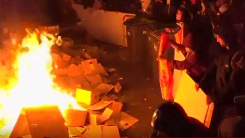 Segundo día de disturbios en Cataluña alentados por Torra