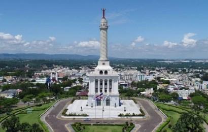 Monumento héroes restauración República Dominicana