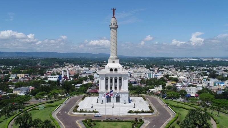 Monumento a los héroes de la restauración – Independencia de República Dominicana