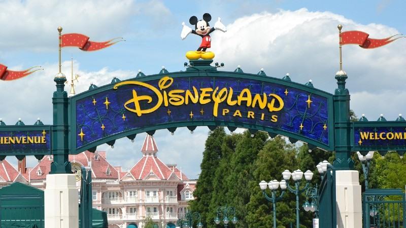 Disfruta de París en tu viaje en familia a Disneyland