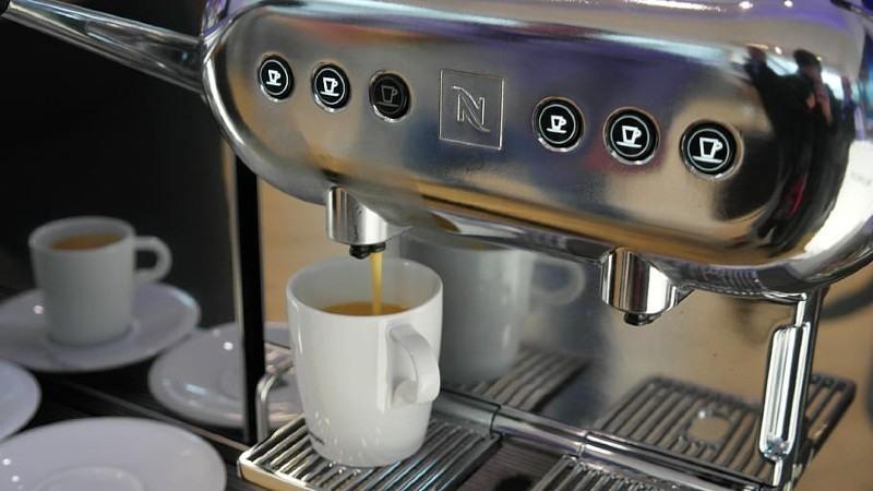 razones para elegir cafetera express para tu hogar