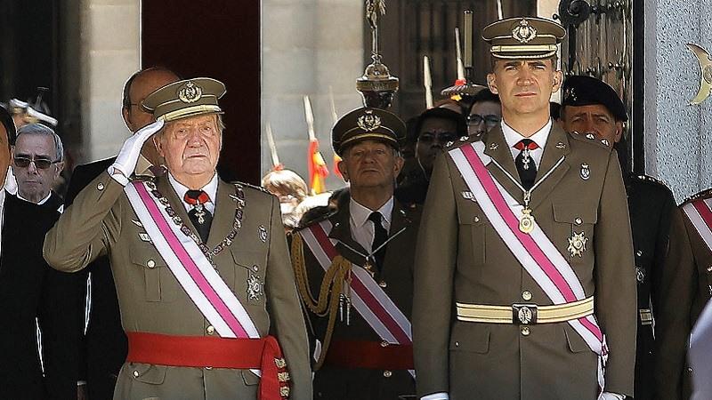 Cómo se gestó la salida de Juan Carlos I de España
