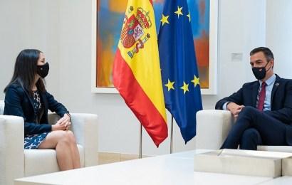 """Arrimadas pide una """"tregua política"""" a Sánchez para negociar """"unos PGE moderados"""""""