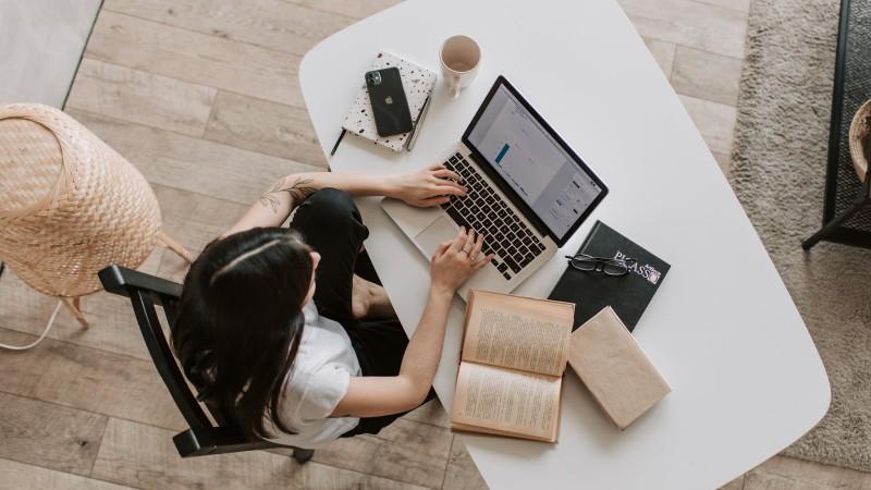 Ventajas de la formación online de postgrado