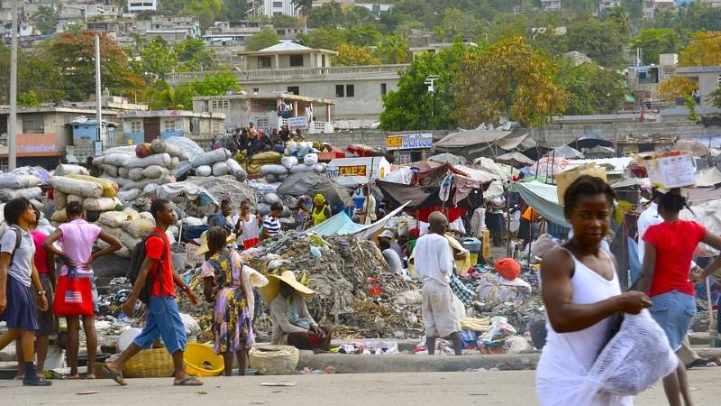 Ayudar a Haití