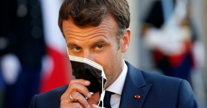 France's Macron Urges G-7 to Sell Gold Reserves to Fund Bailout For Africa