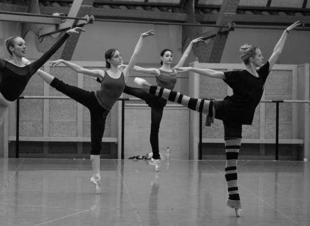 women dancing ballet