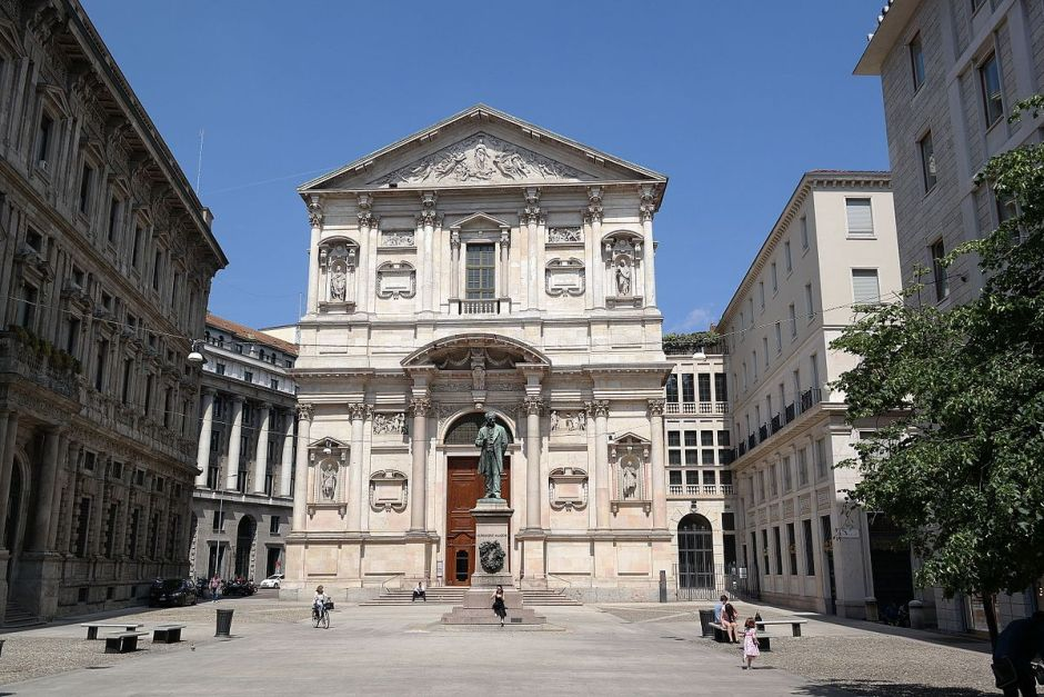 Piazza San Fedele in Como Italy