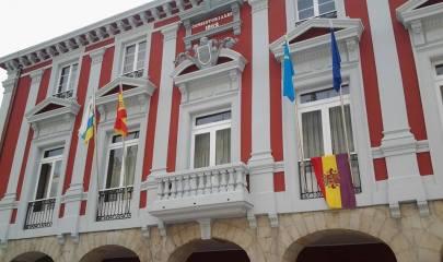 Ayuntamiento Mieres bandera republica