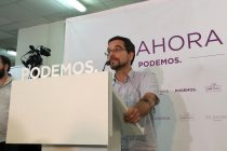 Sergio Pascual se dirige a los medios