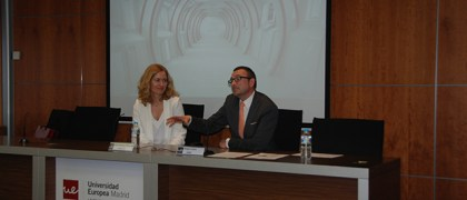Iria Vázquez-Palacios en la inauguraciónd e la Global Career Week