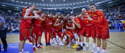 La Selección Española celebra su victoria ante Eslovenia. Foto: www.feb.es