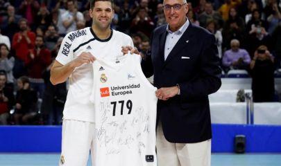 Felipe Reyes 3