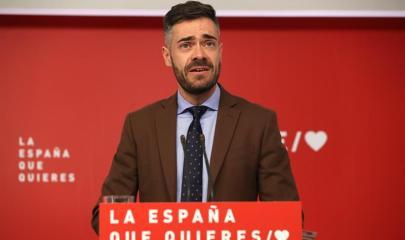 El portavoz adjunto del Comité Electoral del PSOE, Felipe Sicilia, ofrece una rueda de prensa, este miércoles, tras la reunión del Comité Electoral del partido en Ferraz. EFE/ J.J.Guillén