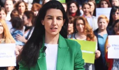 Rocío Monasterio leyendo el manifiesto de VOX contra el 8M