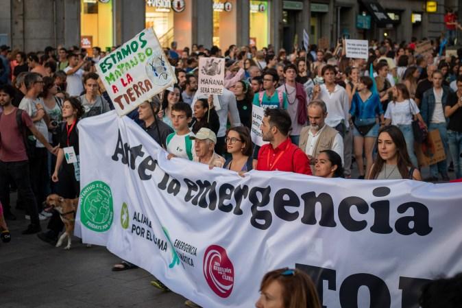 La manifestación llega a la Puerta del Sol, Madrid. ALEXIS PEÑOS.