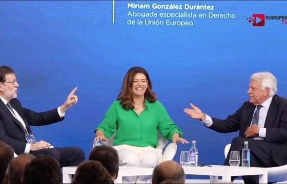 Mariano Rajoy y Felipe González en el Foro La Toja-Vínculo Atlántico