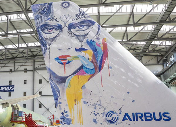 The application of complex, large-scale liveries on aircraft presents a considerable challenge – particularly as airlines develop increasingly artistic and complex ways to express their identities. (© Airbus)