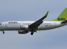 airBaltic Boeing 737-300WL