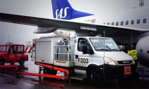 Bio-Fuel at Oslo Airport (© SAS)