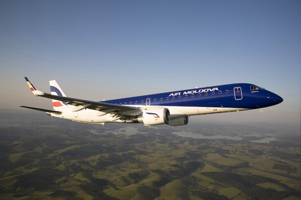 Air Moldova Embraer 190 (© Air Moldova)