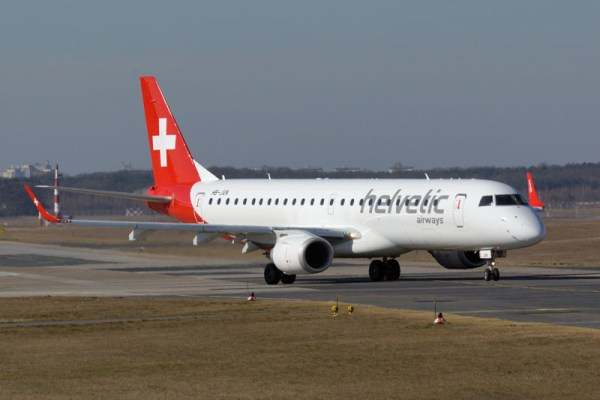 Helvetic Airways Embraer 190 (© O. Pritzkow)