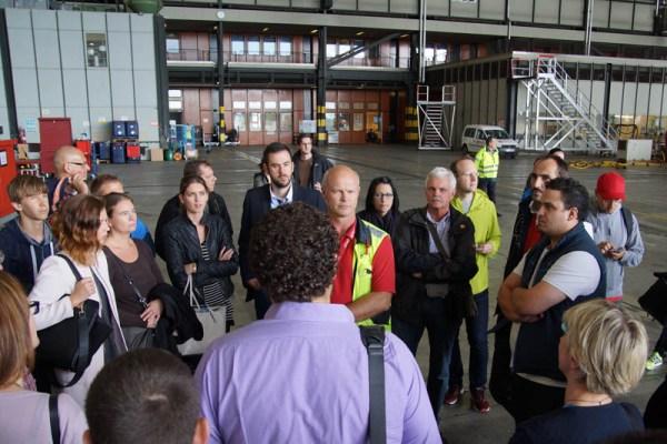 Besuch im Hangar der Air Berlin (© O. Pritzkow)