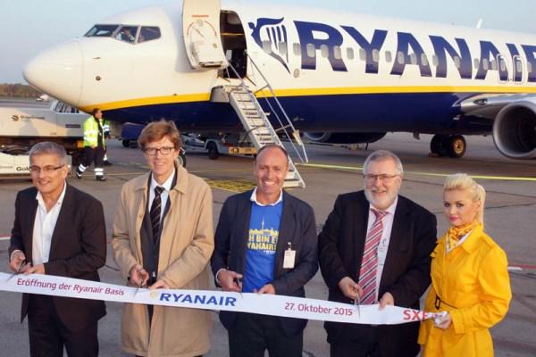 Eröffnung der neuen Ryanair-Basis Berlin-Schönefeld am 27. Oktober 2015 (© O. Pritzkow)