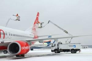 Winterdienst (© Flughafen Paderborn-Lippstadt)