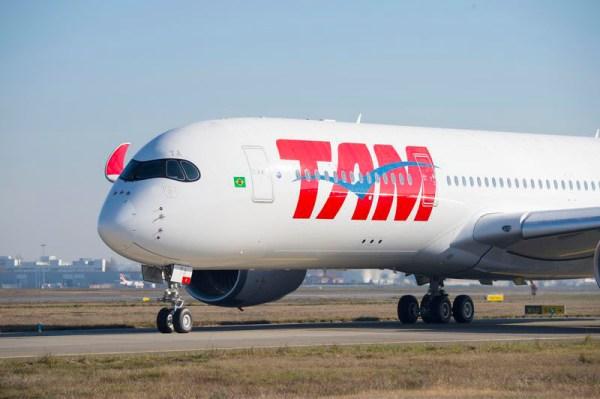 Airbus A350 XWB der TAM Airlines (&coy; Airbus, P. Pigeyre)