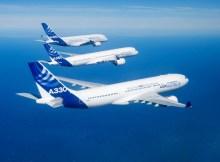 A330, A350 XWB und A380 im Flug (© Airbus)