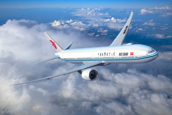 Boeing 777-300ER in den Farben der Air China (© Boeing)