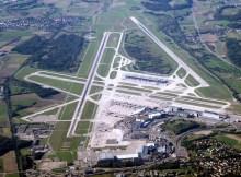 Flughafen Zürich aus der Luft (CC SA 2.0 Fr, Rama)
