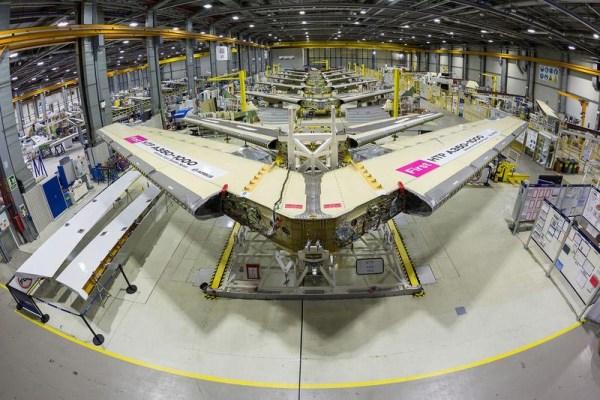 Höhenleitwerk für A350-1000 XWB (© Airbus)
