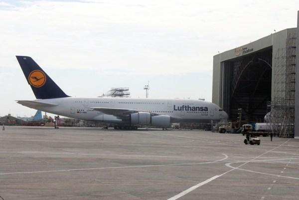 Lufthansa A380 bei LHT Philippines (© Lufthansa Technik)