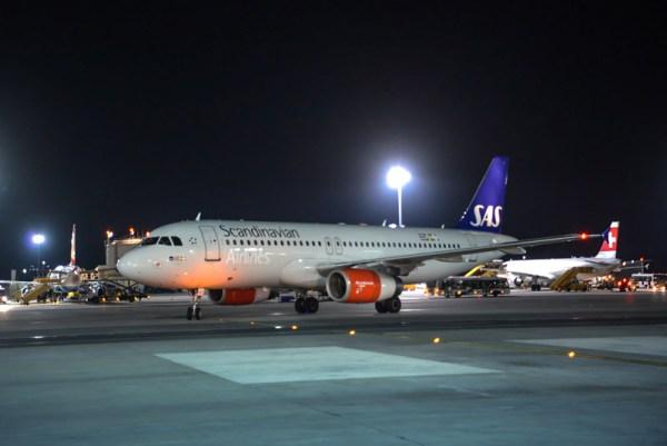 Airbus A320 der SAS am Flughafen Wien (© VIE Airport)