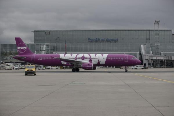 Fraport: Erste Landung der WOW air aus Reykjavik auf dem Flughafen Frankfurt +++ WOW air Inaugural Flight FRA-KEF am 02.06.2016 +++ von Christian Christes in Frankfurt am Main